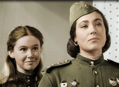 Нажмите на изображение для увеличения Название: Девушки военные.jpg Просмотров: 374 Размер:71.1 Кб ID:2299