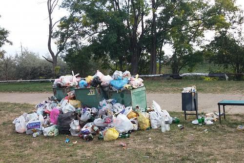 Нажмите на изображение для увеличения Название: Контейнер с мусором.jpg Просмотров: 428 Размер:101.6 Кб ID:2811