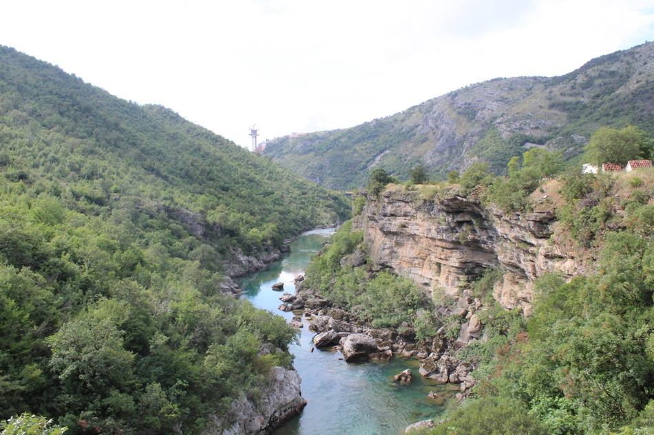 Название: Каньон реки Морача.JPG Просмотров: 20  Размер: 238.0 Кб