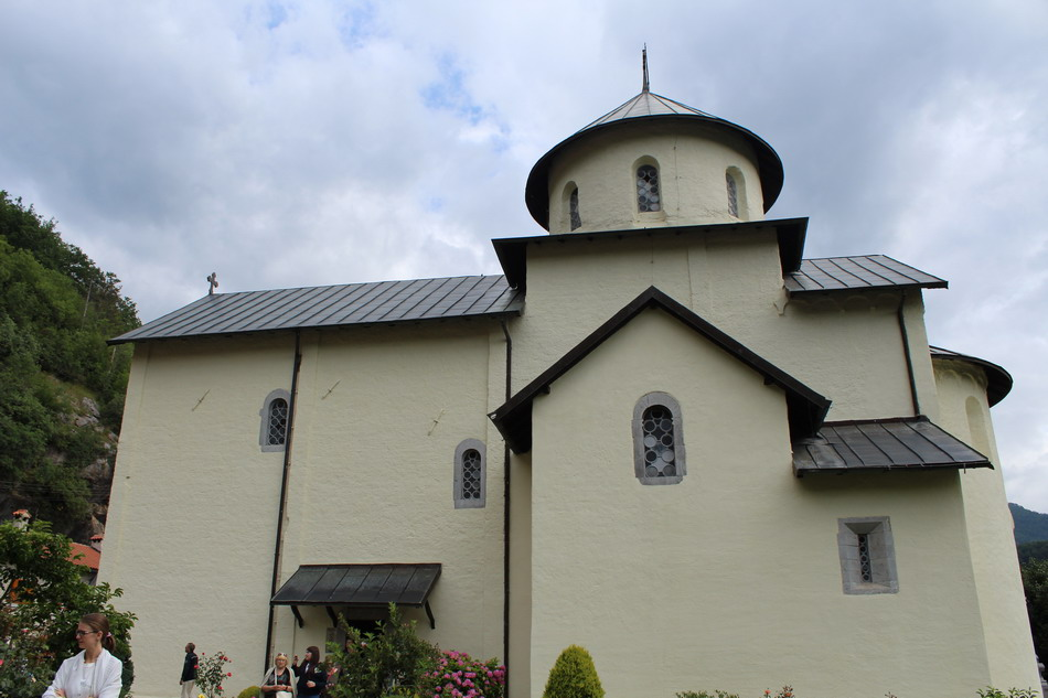 Название: Монастырь Морача.JPG Просмотров: 18  Размер: 140.7 Кб