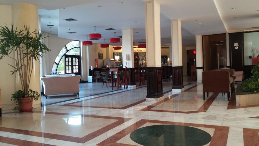 Название: Внутри отеля нубиан вилладж.jpg Просмотров: 111  Размер: 118.1 Кб