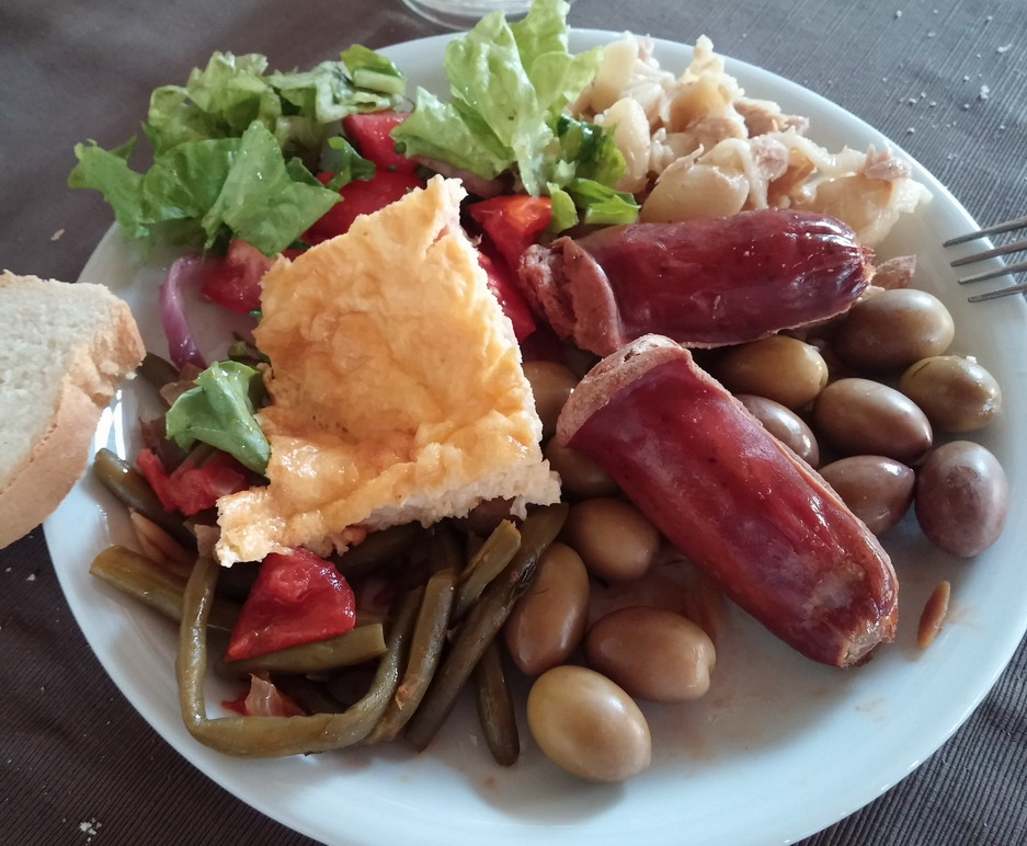 Название: Ужин в греческом отеле.jpg Просмотров: 415  Размер: 185.1 Кб